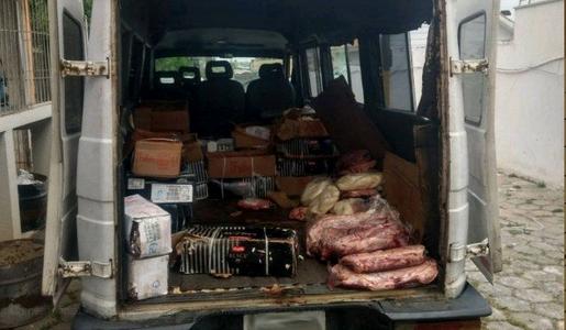 Dono de churrascaria é preso com cerca de uma tonelada de carne roubada em Curitiba