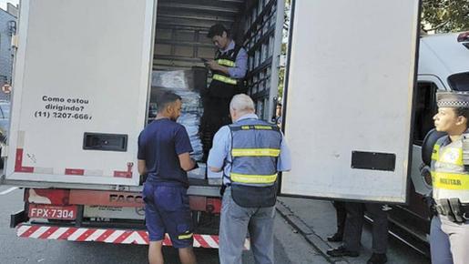 Operação da PM flagra roubo de carga no ABC