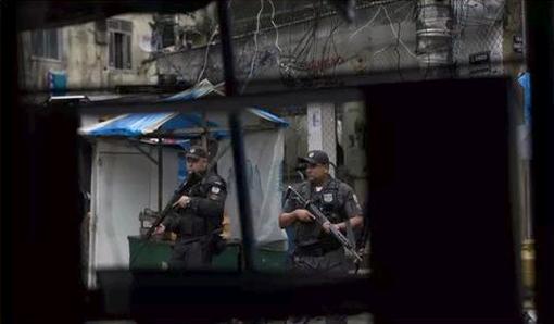 'Financial Times': Onda de roubos de carga atinge o coração do Rio de Janeiro